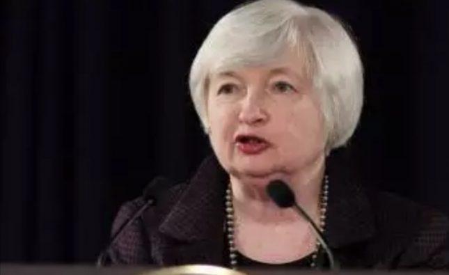 اظهارات جنجالی رئیس خزانه داری آمریکا در مورد بیت کوین